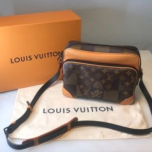 Louis Vuitton Nigo Nil messenger bag